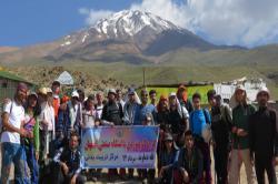 صعود دانشجویان کوهنورد دانشگاه صنعتی اصفهان به بام ایران